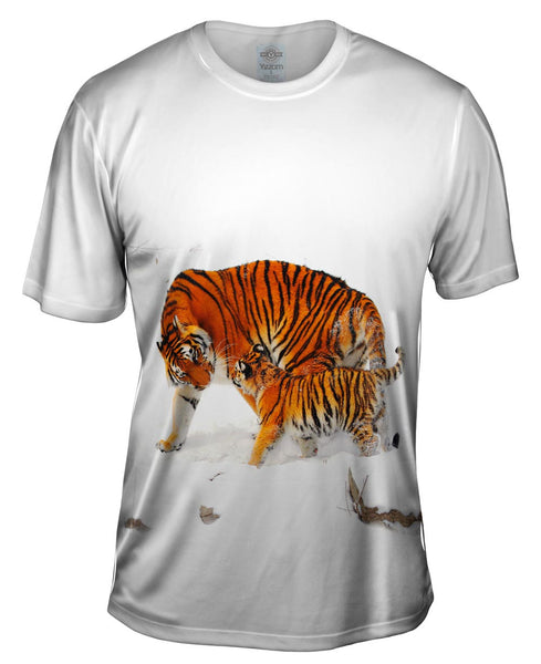 Amur Tiger Mother Snow Play Mens T-Shirt