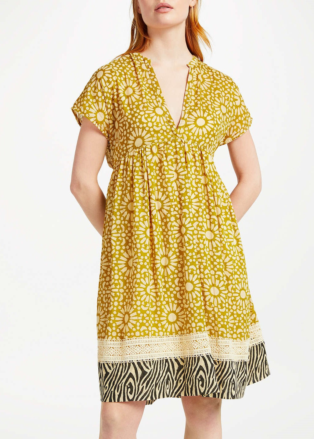 Stella Forest short dress mosaique in ocre