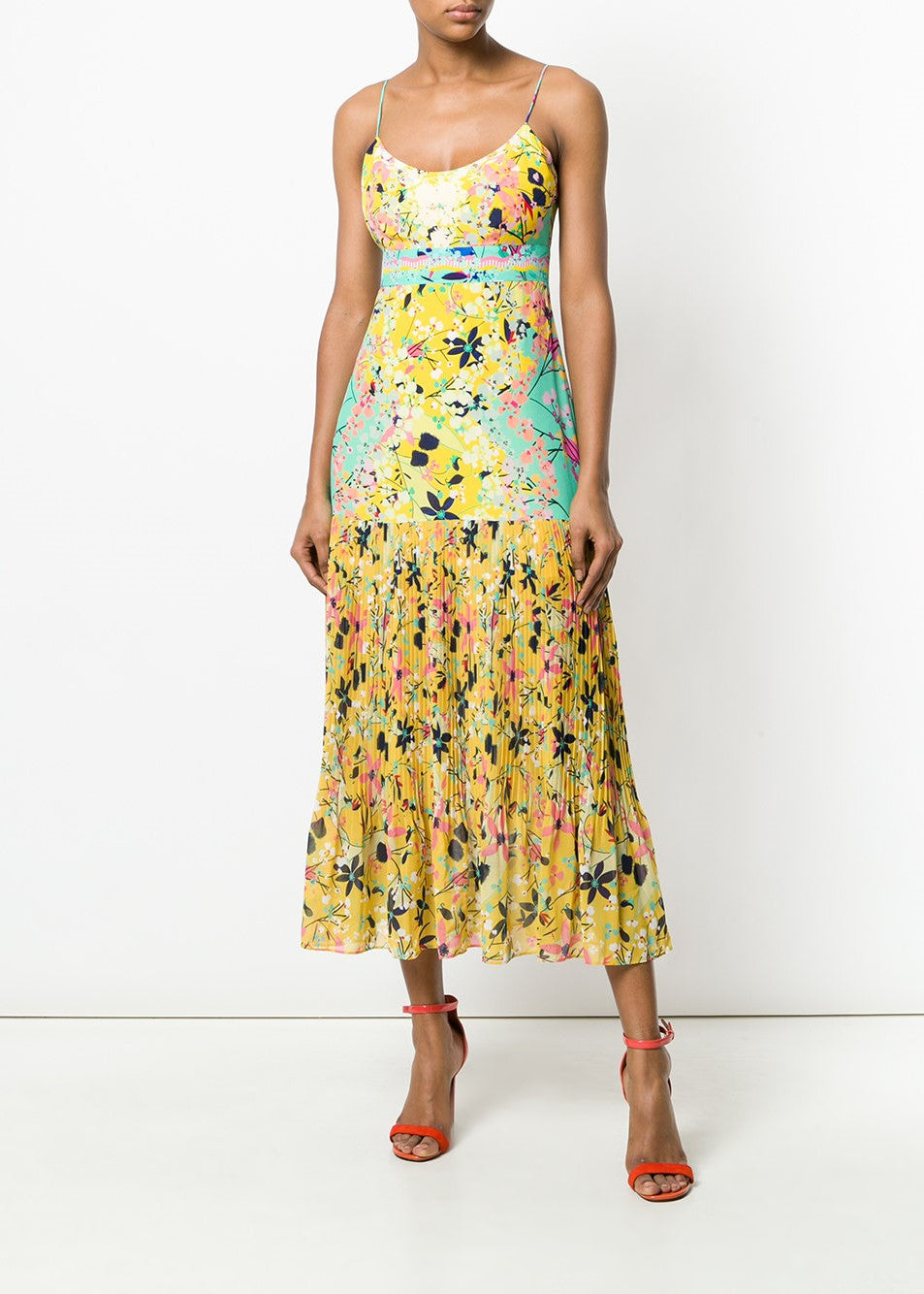 Saloni Veronica dress in lemon garden placement