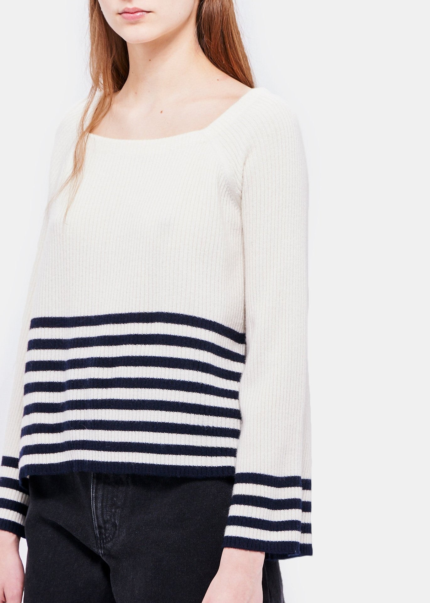 Demylee Calvin sweater in white navy