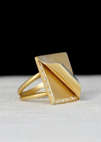 Designs by Alina Uncovered Ring size 6.5 18K solid gold with white pave diamonds