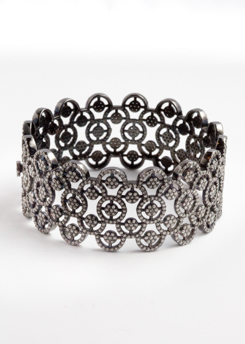 Vinesh diamond cuff