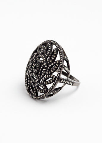 Vinesh diamond ring