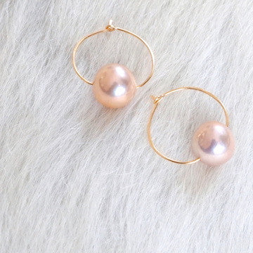 Designs by Alina cotton candy pearl hoops- 14k gold