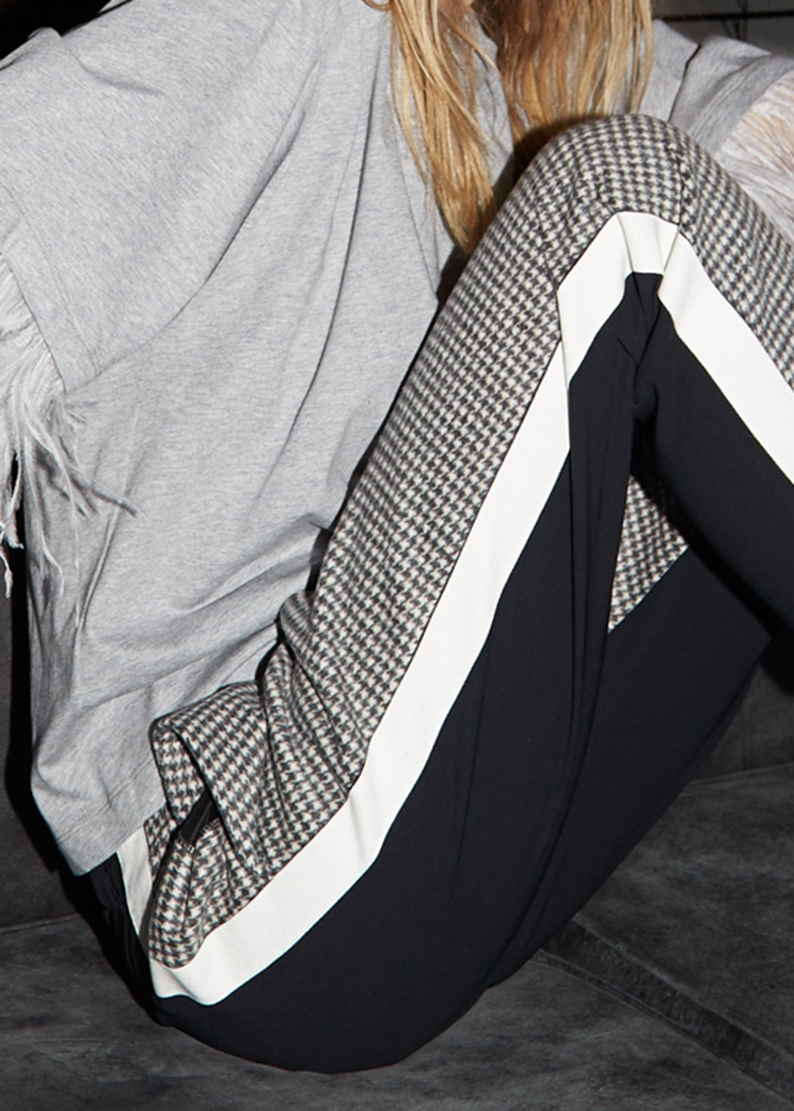 No.21 two tone tux pant in black and white