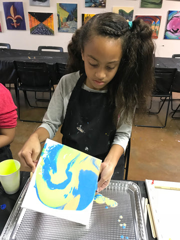 "Wed, Dec 19, 4-6p ""Holiday: Acrylic Pour"" Houston Public Kids Painting Class"