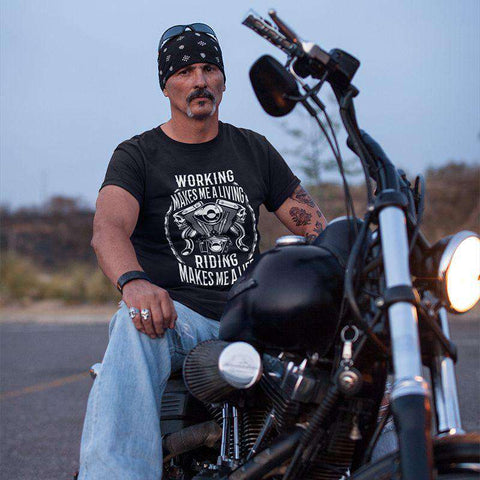 Riding Makes a Life - T-shirt