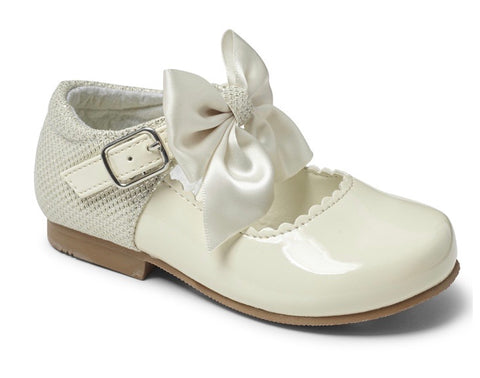 Sevva Girl's Cream Bow Hard Sole Shoes