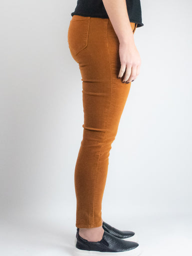 Mid Rise Corduroy Skinny in Caramel