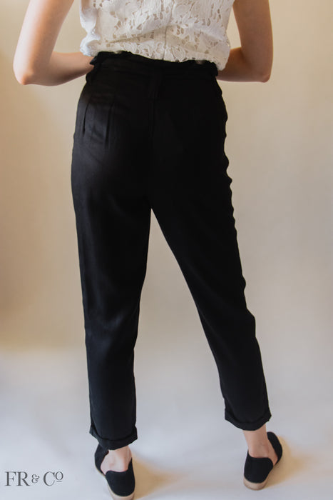 Ankle Cropped Paper Bag Pant in Black