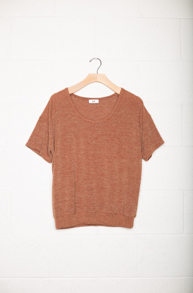 Short Sleeve Boyfriend Knit Top