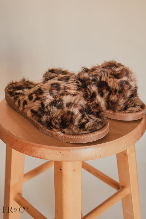 Strappy Furry Slipper - Leopard