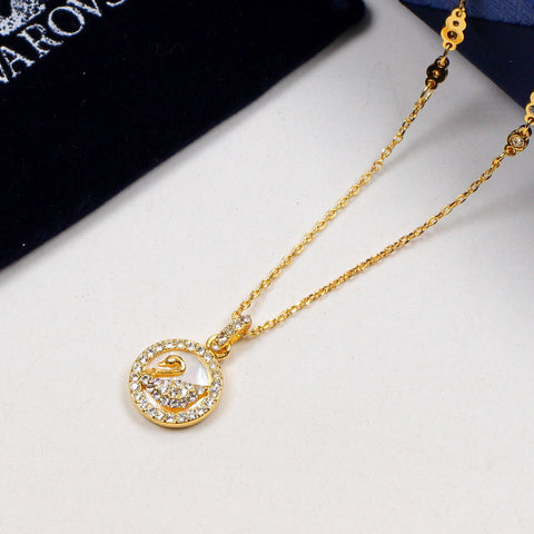 Full of diamonds swan necklaces