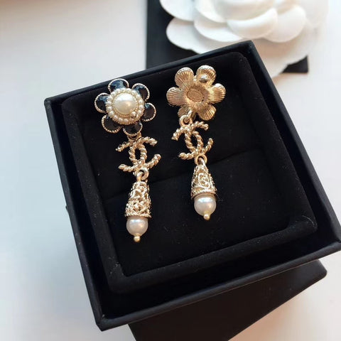 New arrival Flower pearl earrings