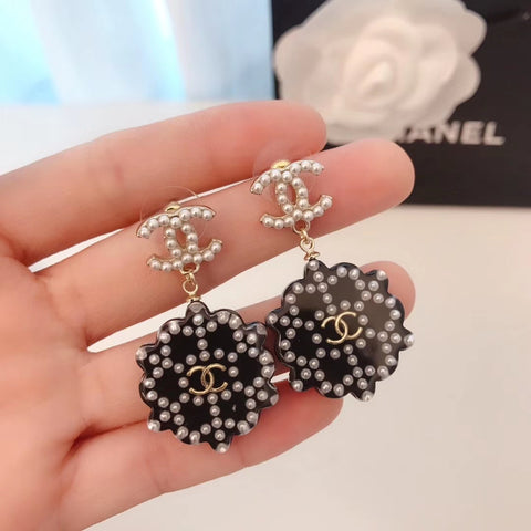 New arrival Glass pearl black snow earrings