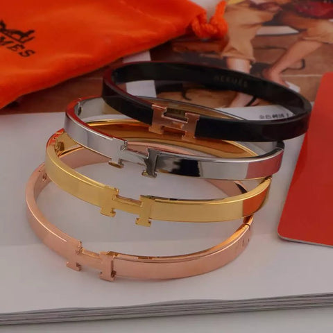 18K rose gold titanium steel multi-color gold narrow band bracelet Clasp letter bangles