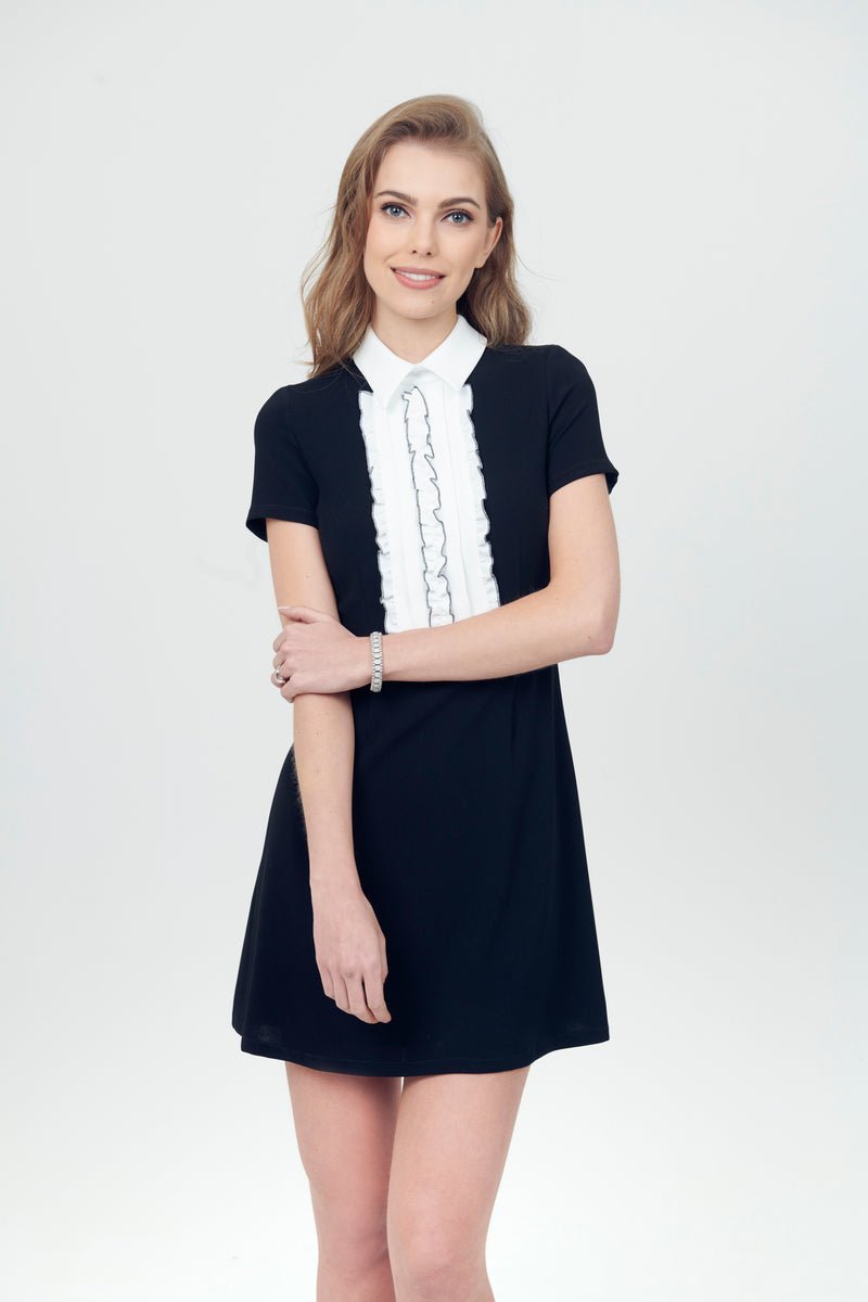 Una linea Dress con top Ruffle