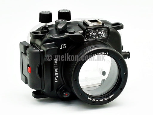 Nikon 1 J5 (10-30) 40m/130ft Meikon Underwater Camera Housing