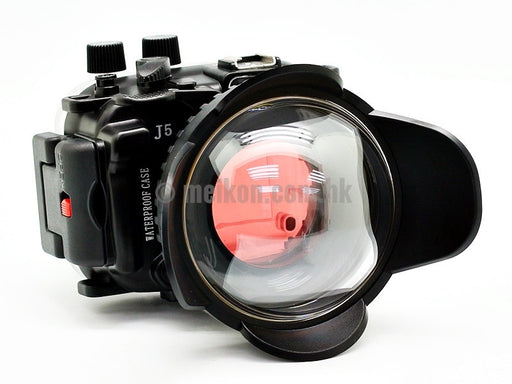 Nikon 1 J5 (10) 40m/130ft Meikon Underwater camera housing wide angle lens kit