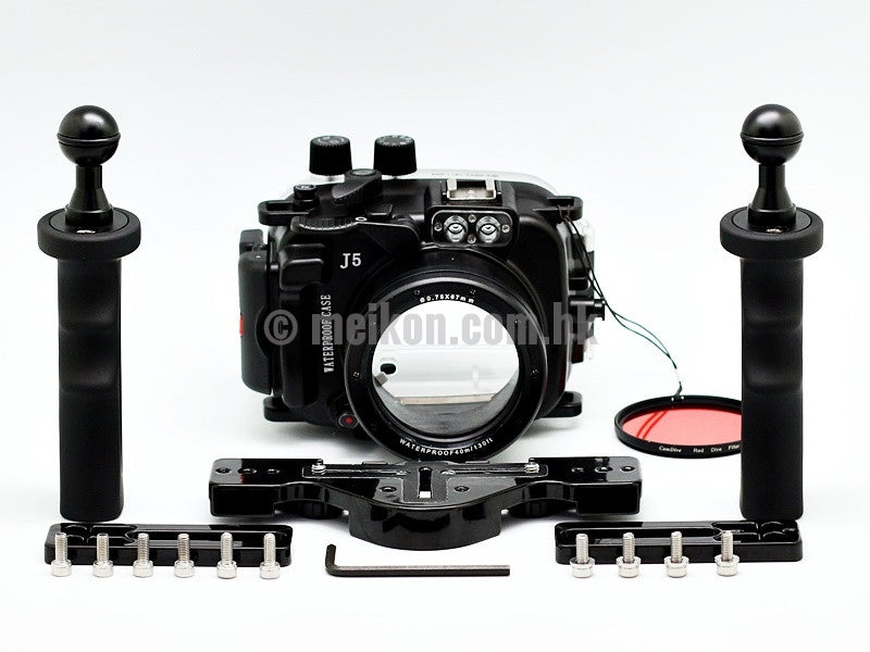 Nikon 1 J5 (10-30) 40m/130ft Meikon Underwater camera housing aluminium tray kit