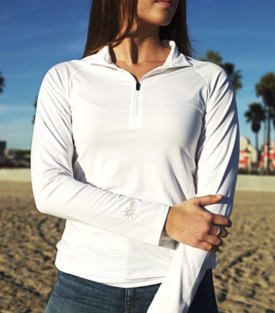 Coastal Waters Women's 1/4 Zip Sun Protection Pullover - White