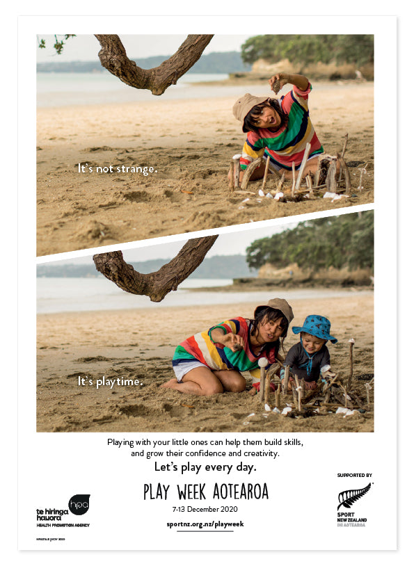 Play Week Aotearoa Poster - Age group Under 5s - Beach play