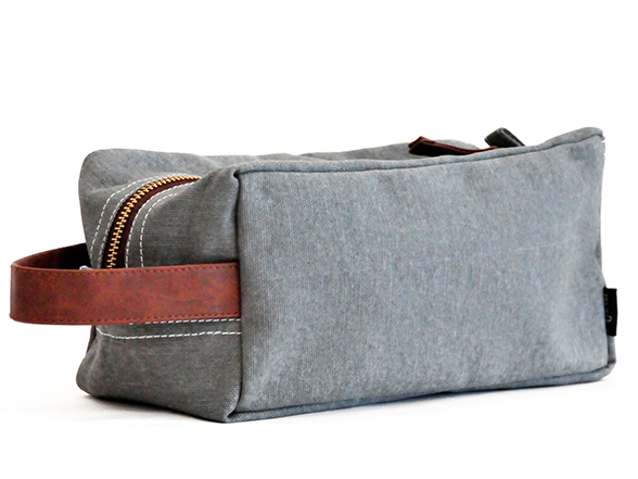 Waxed Ash CANVAS TRAVEL CASE