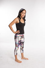Socal Capri Women's Workout Yoga Leggings Multisport Tights - Women in leggings