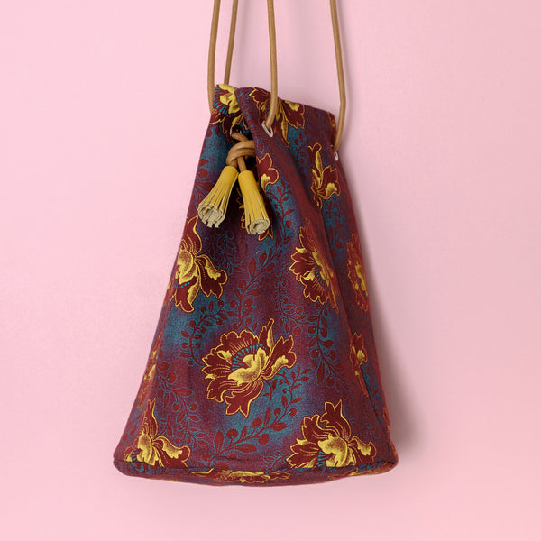 African Shweshwe Bucket Bag Stippling Flower