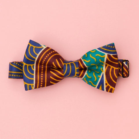 Boat Party Wax Print Bow Tie