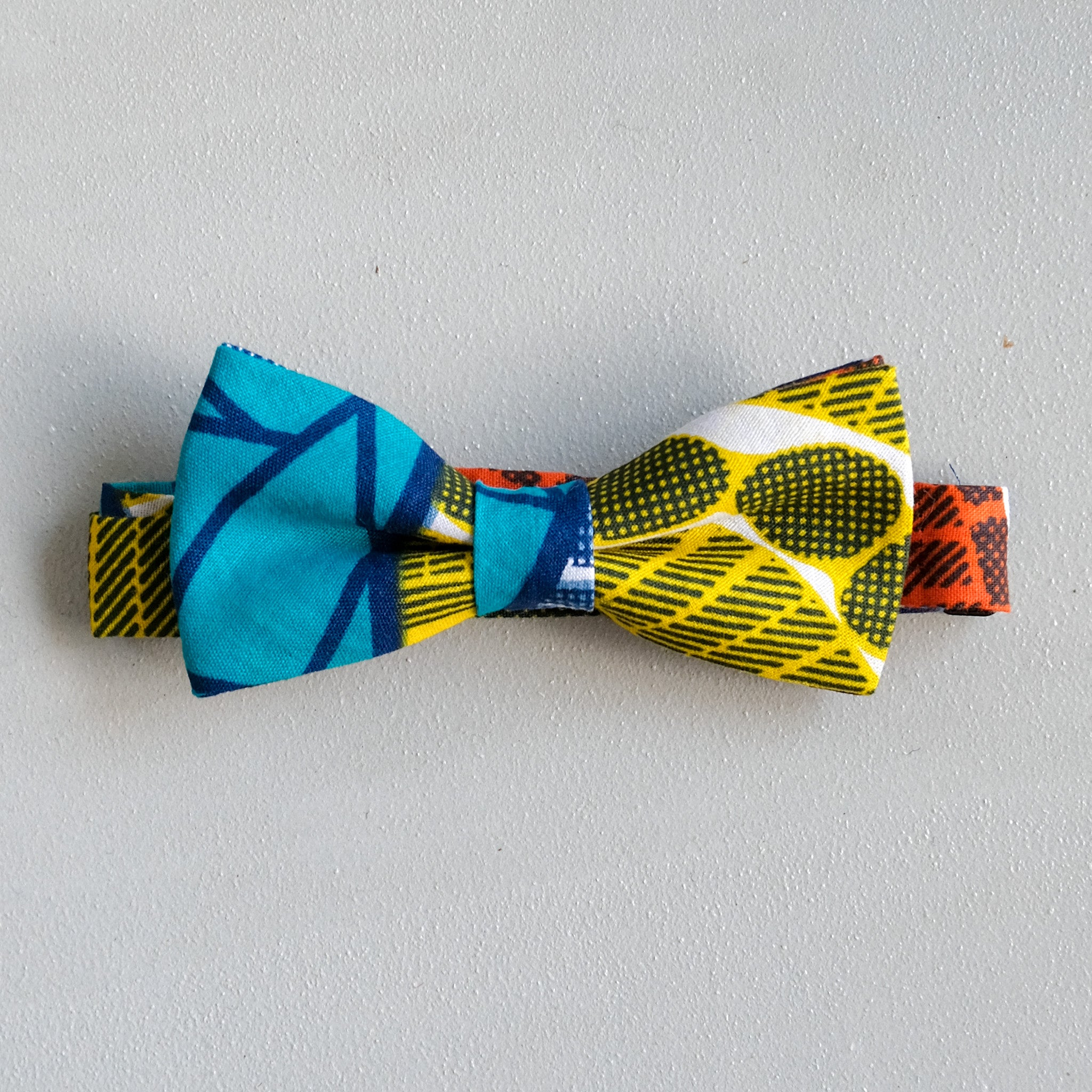 Pool Side Wax Print African Bow Tie
