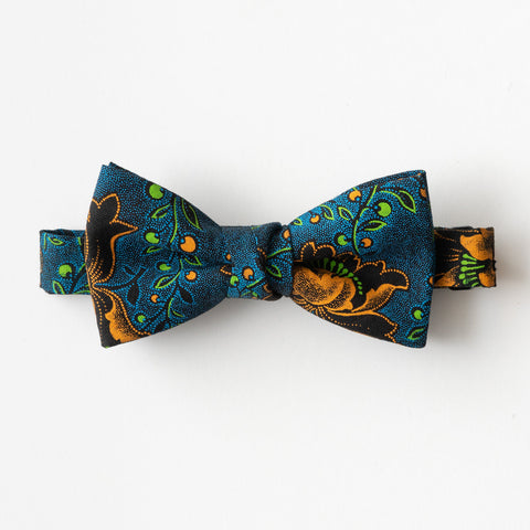 Night Flower Shweshwe Bow Tie