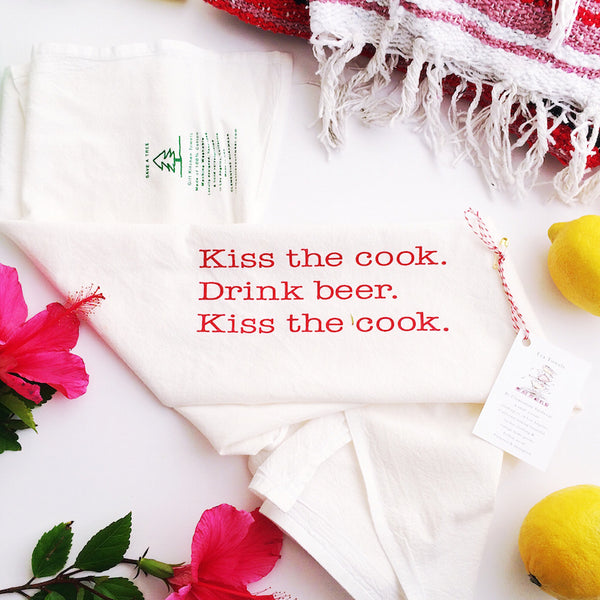 Kitchen Towel, Kiss the cook. Drink beer.