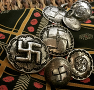 May club -【Chooke】MERCURY FLOWER SWASTIKA PINS