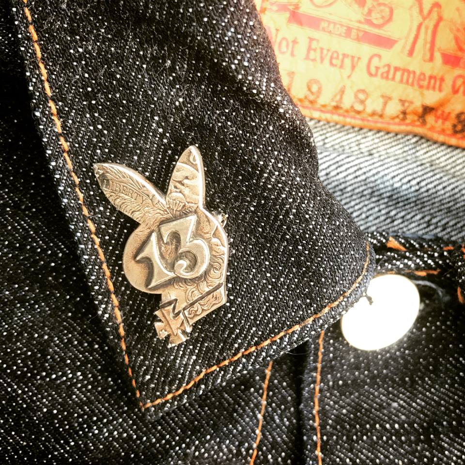 May club -【WESTRIDE】13 BUNNY PINS - SILVER