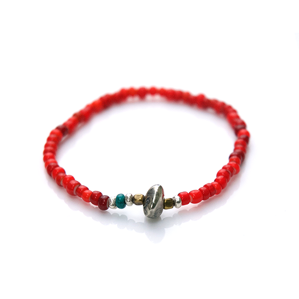 May club -【SunKu】White Heart Beads Bracelet (Red)