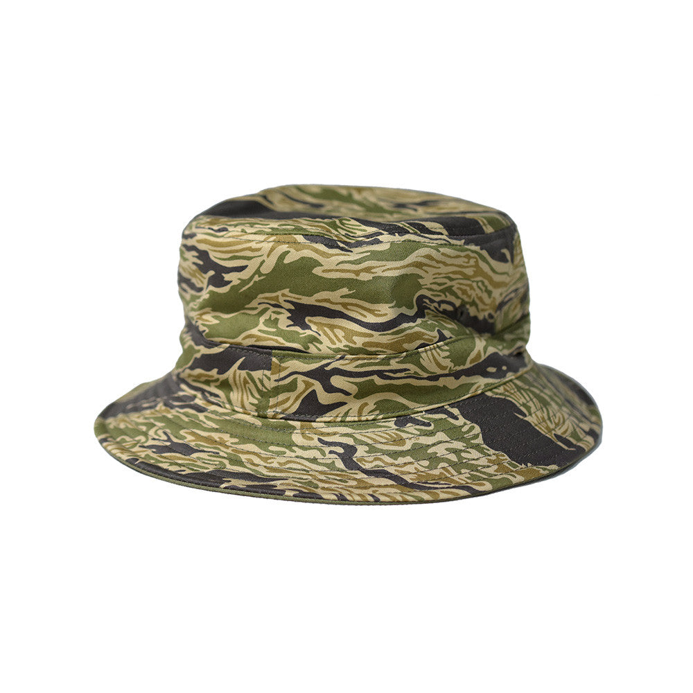 May club -【WESTRIDE】REVERSIBLE BUCKET HAT  TIGER/OLIVE