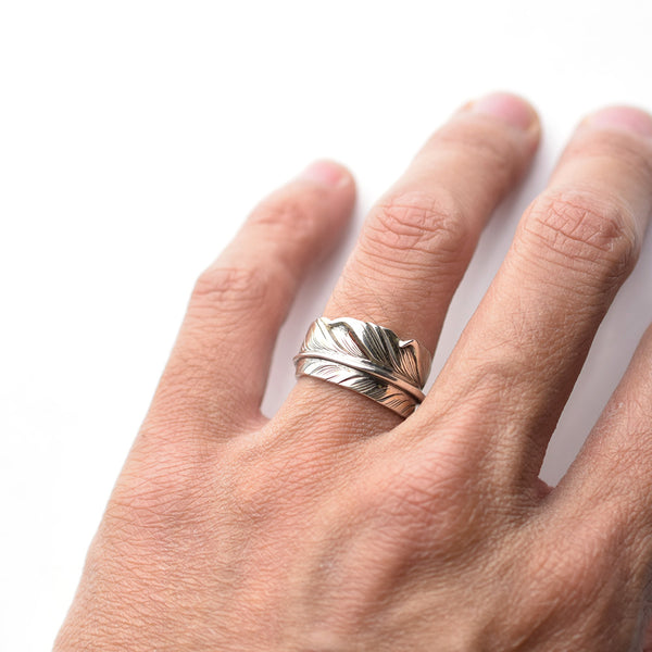 KNIFE FEATHER RING