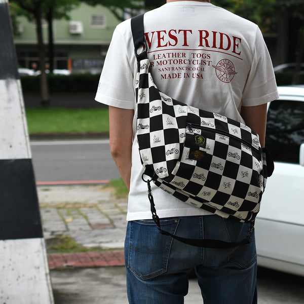 CHECKER SHOULDER BAG
