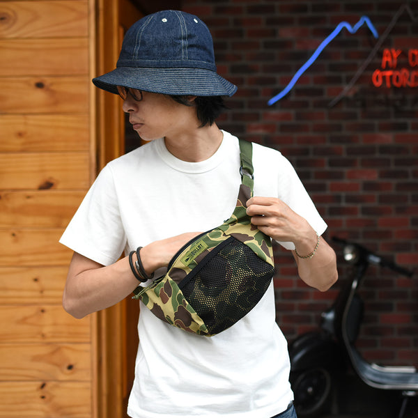 MINI WATER RESISTANT SHOULDER BAG