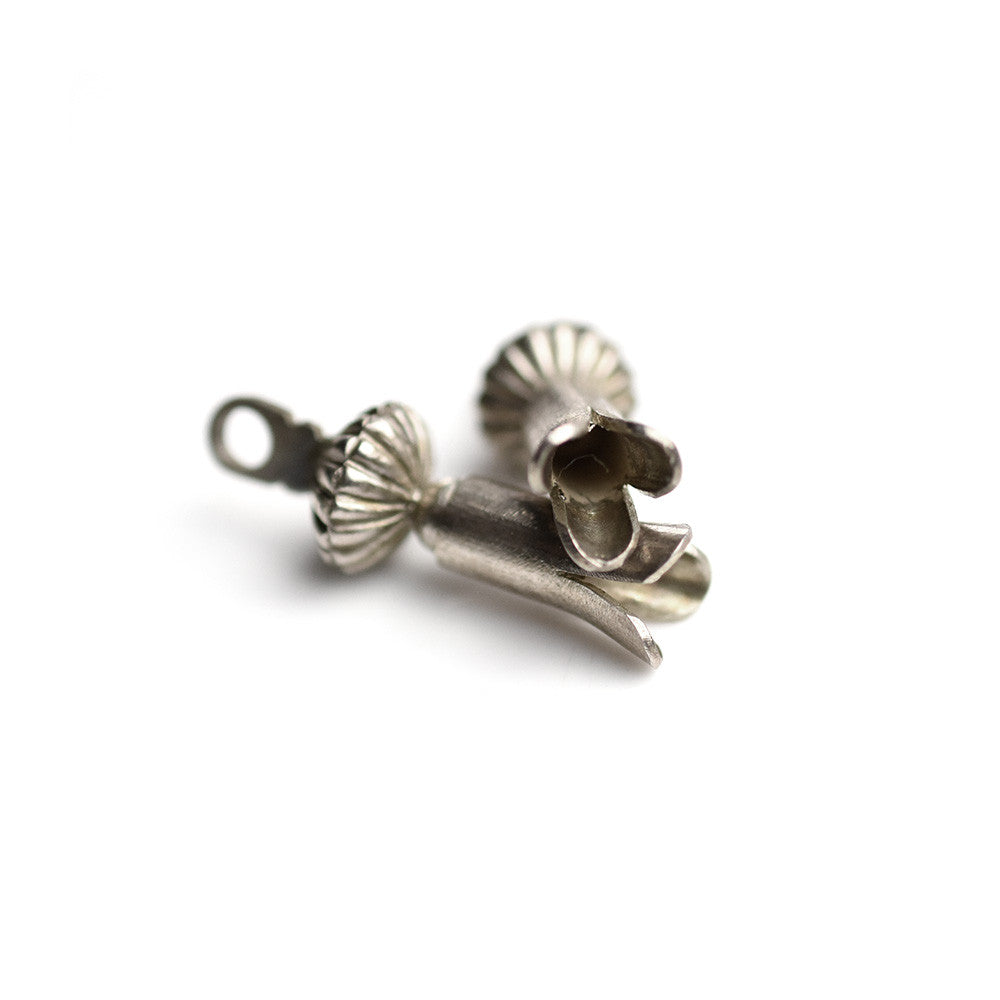 May club -【May club】4th ANNIVERSARY SQUASH BLOSSOM PENDANT