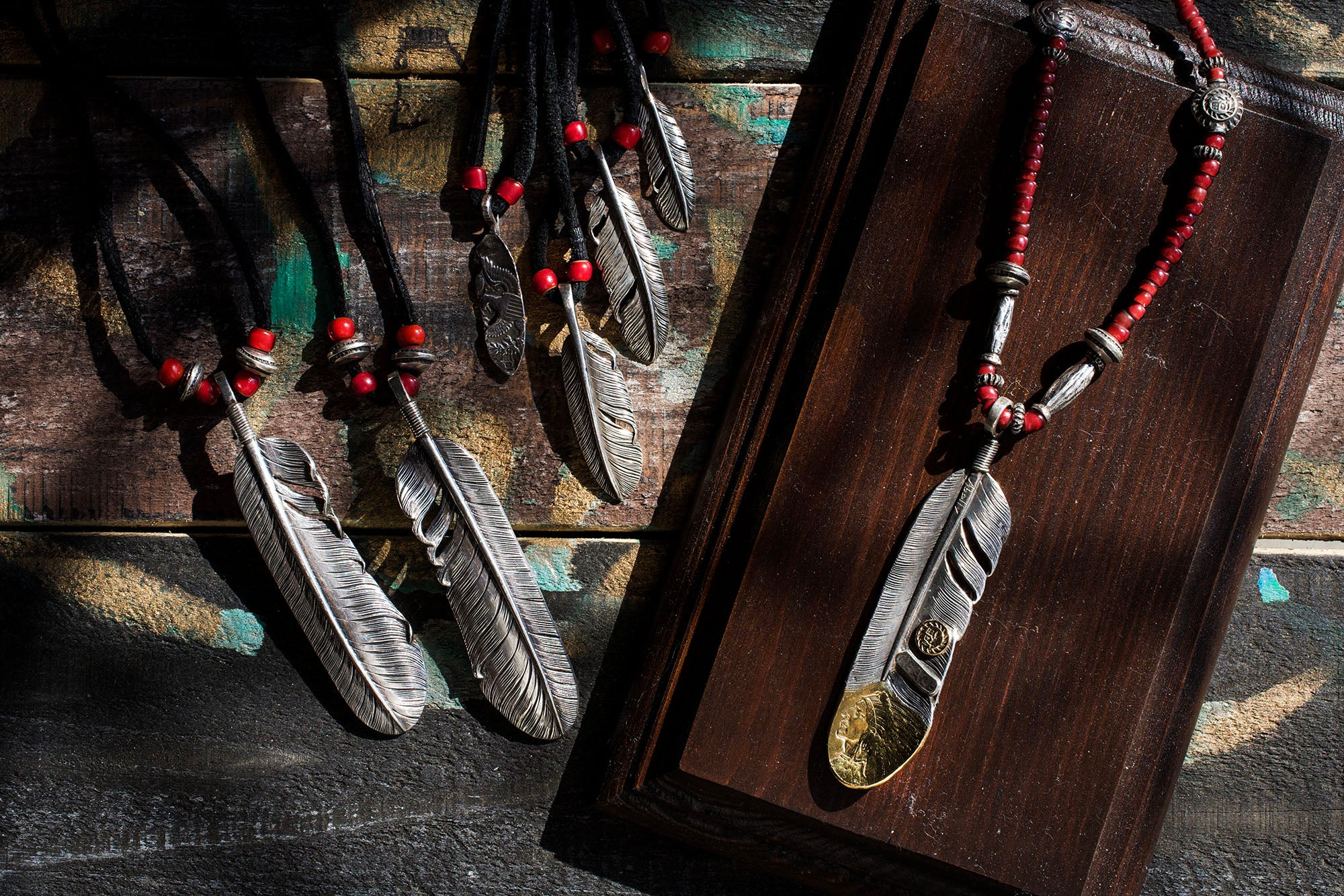May club -【Chooke】5$ Indian Head GOLD COIN WING TIP FEATHER SET