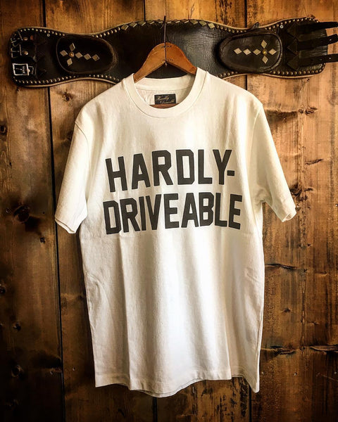 HARDLY-DRIVEABLE Short Sleeve Shirts - WHITE (Straight)