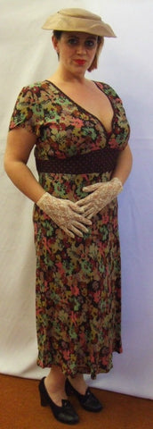 1940's Vintage Style Tea Dress ~ Autumn Floral ~ Size 18 - 20 ~ Hire ~ Day Dress