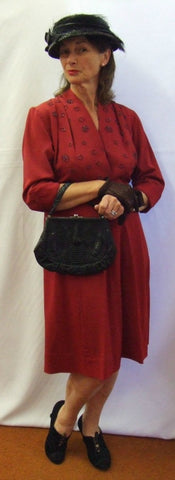 1940's Vintage Dress ~ Maroon Day Dress ~ Size 14 ~ Hire