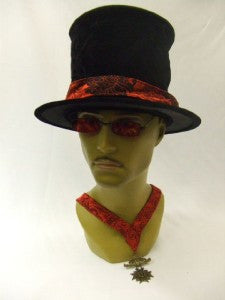 Vampire Kit ~ Halloween ~ Hat ~ Glasses ~ Amulet