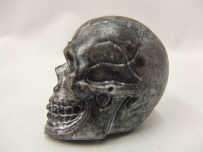 Bag of Skulls x 10 Halloween Decoration  mini skulls silver
