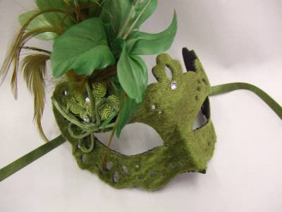 Ladies Feathered Venetian Mask ~ Fern Green ~ Masquerade Ball ~ Deluxe