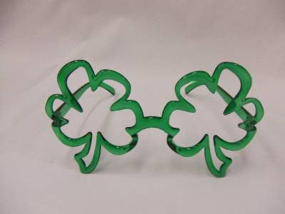 St Patricks Day Glasses ~ Leprechaun ~ Giant Shamrocks ~ Irish ~ luck