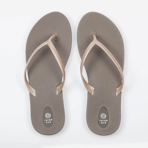 Scout Fawn/Aged Gold Flip Flop